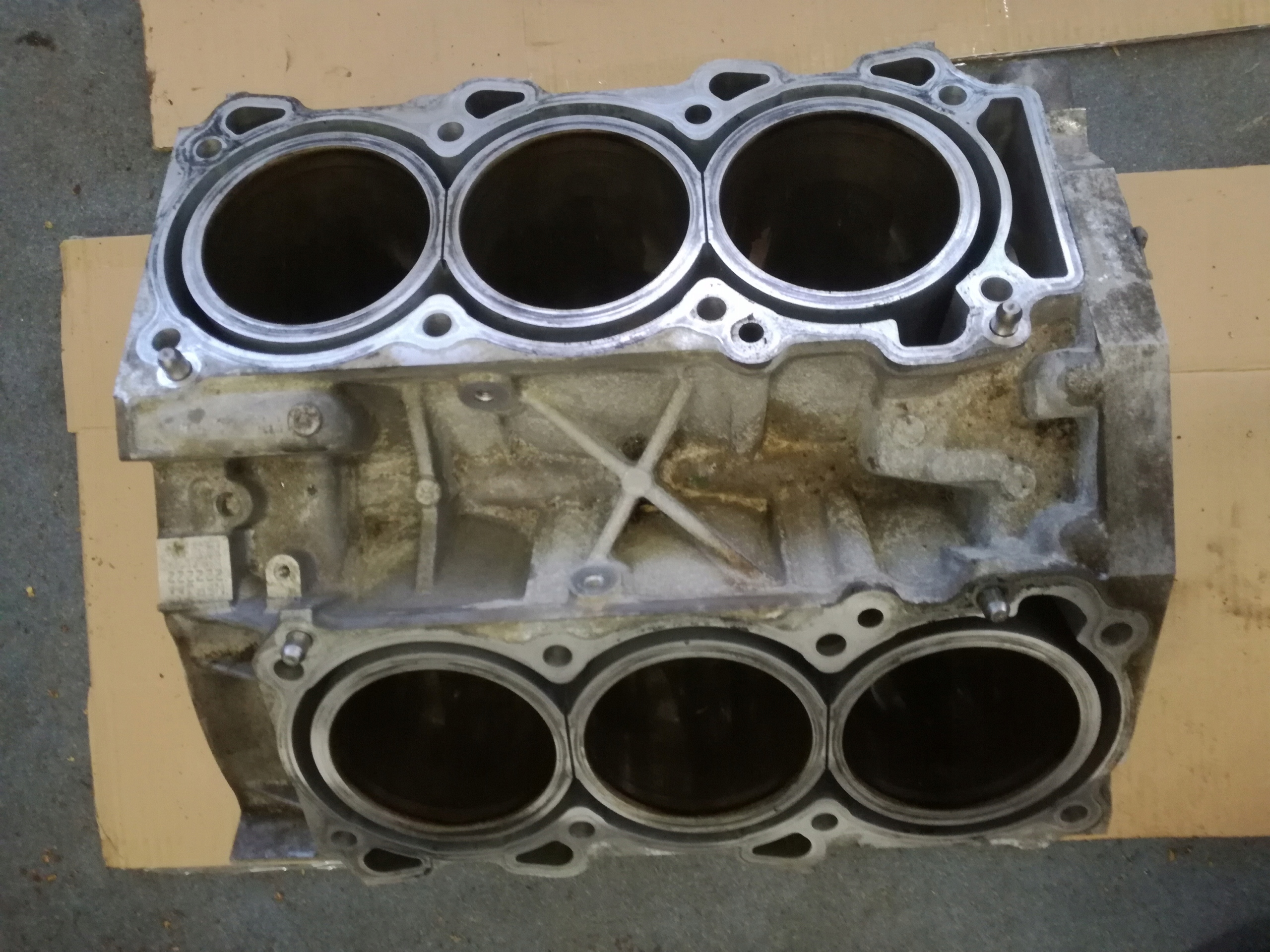 блок двигателя 35 h hybrid infiniti q70 q50 m35h