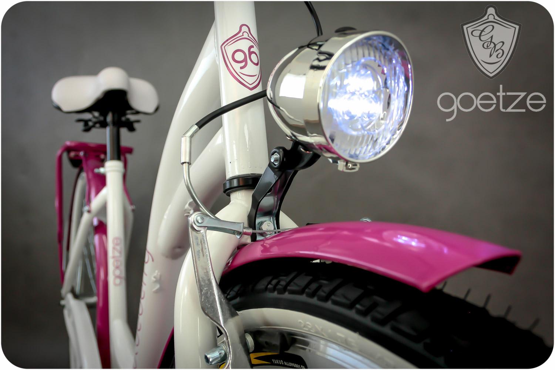 Dámsky mestský bicykel Goetze BLUEBERRY 28 košík!  Torpédové brzdy s brzdou v tvare V.