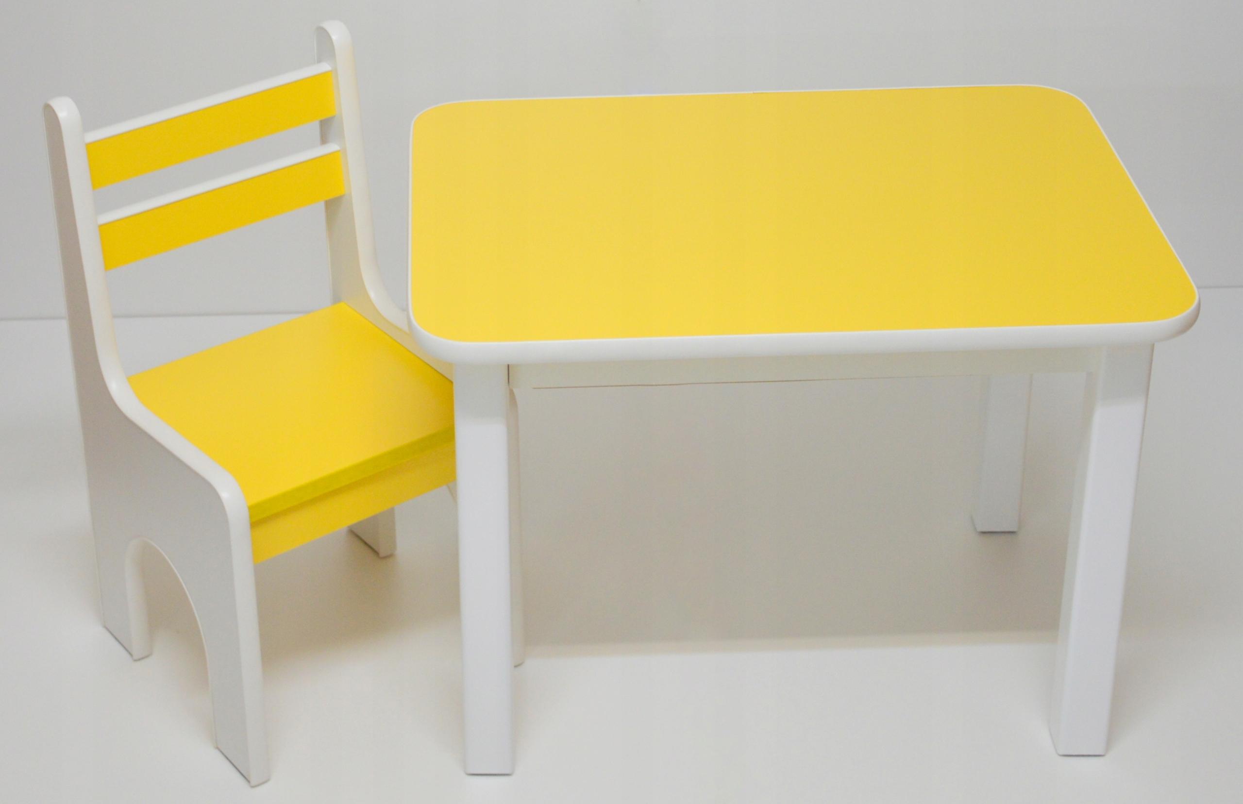 Stôl a jedna stolička silné a stabilné pre deti