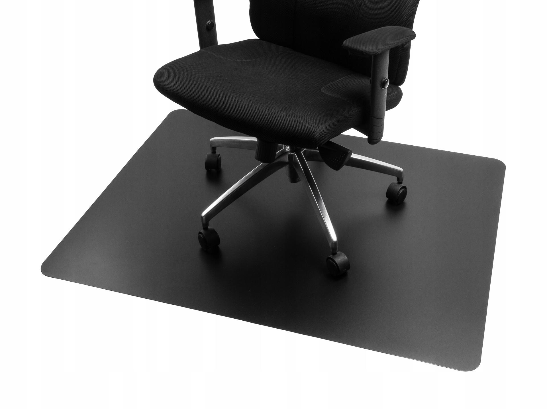 Czarna mata ochronna pod krzesło fotel 140x100 cm