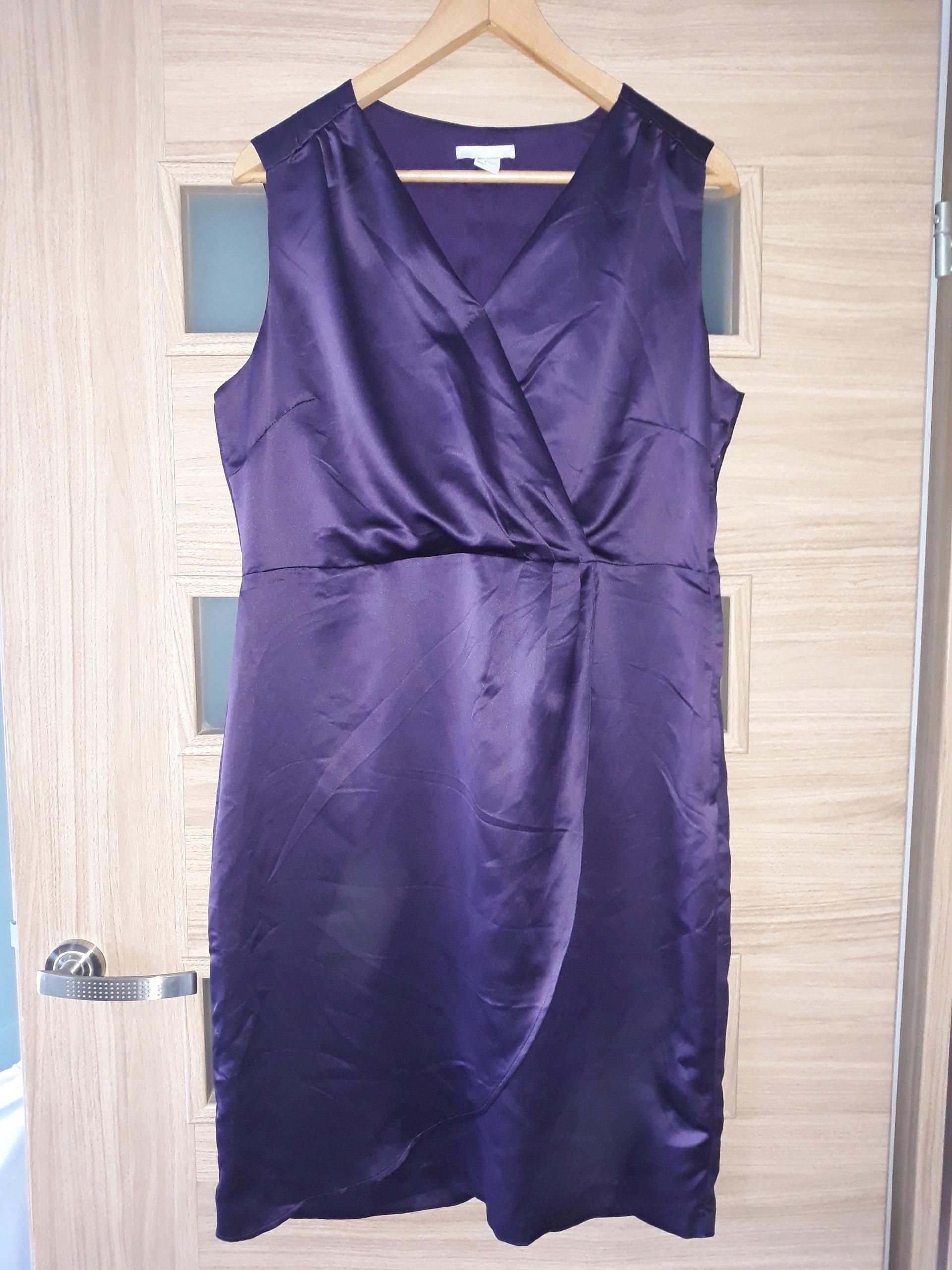 8bc9edebb7 Śliwkowa sukienka atłasowa H M r.44 kopertowa - 7628878817 ...