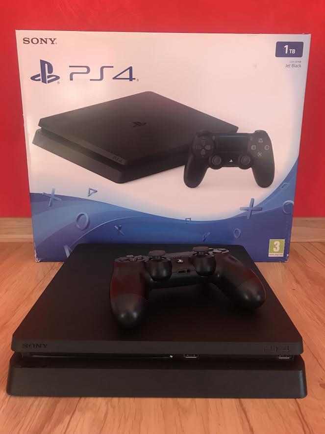 PS4 SLIM 1TB KONSOLA PLAYSTATION 4+72GRY+RED DEAD
