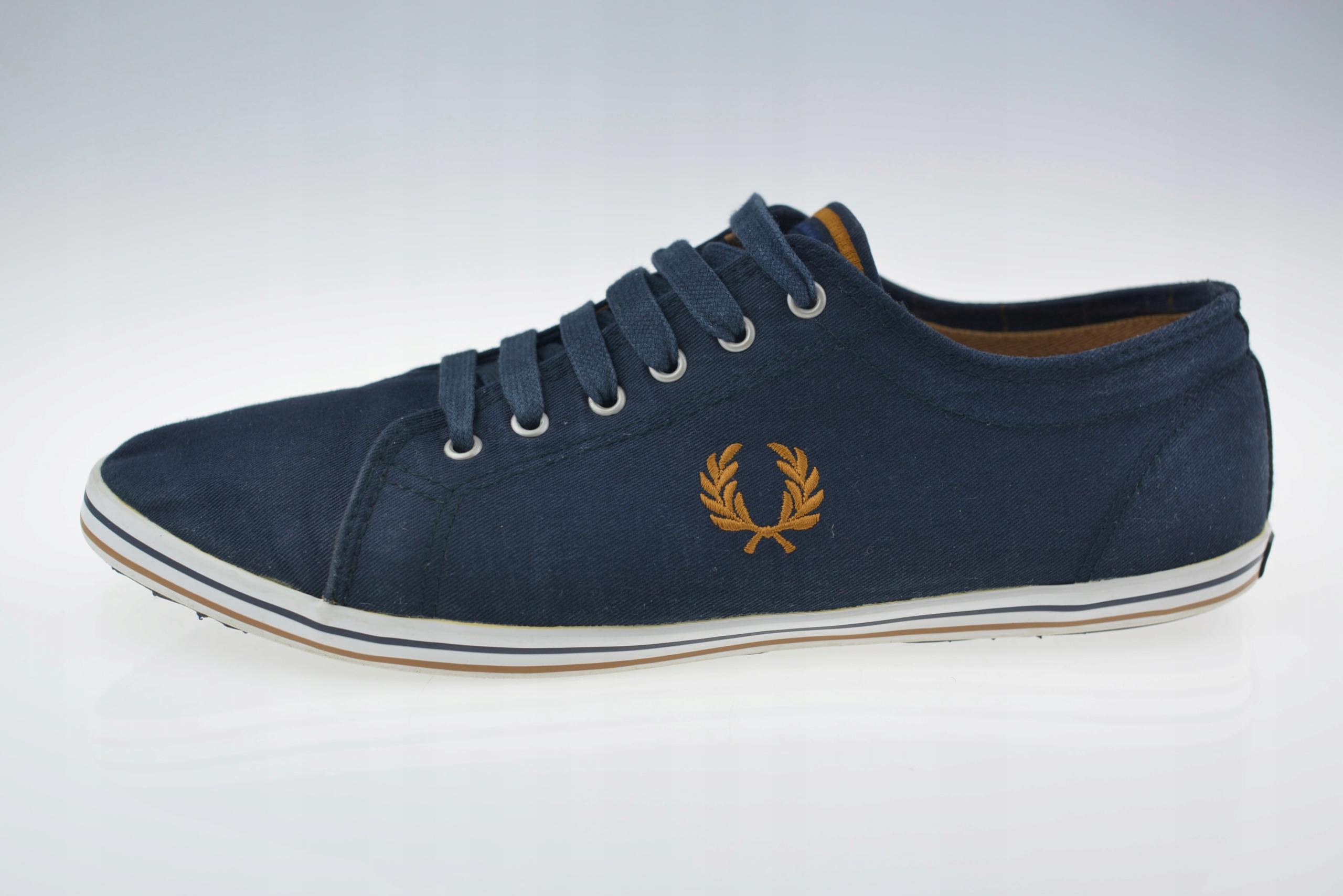 quality design bca77 7558f BUTY FRED PERRY KINGSTON TWILL TIPPED ROZ. 45