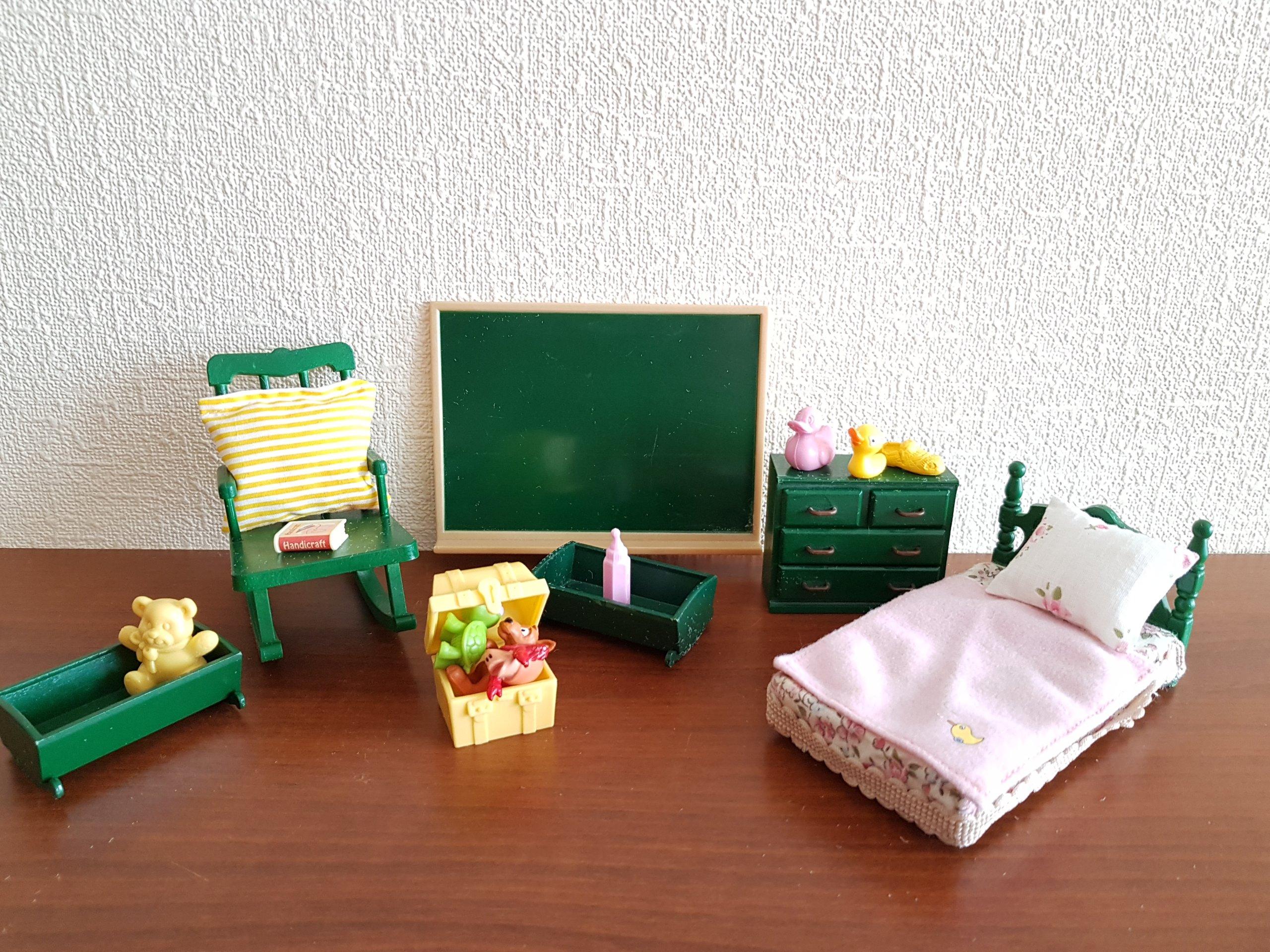 Sylvanian Families Pokój Sypialnia łóżko Fotel 7078992830