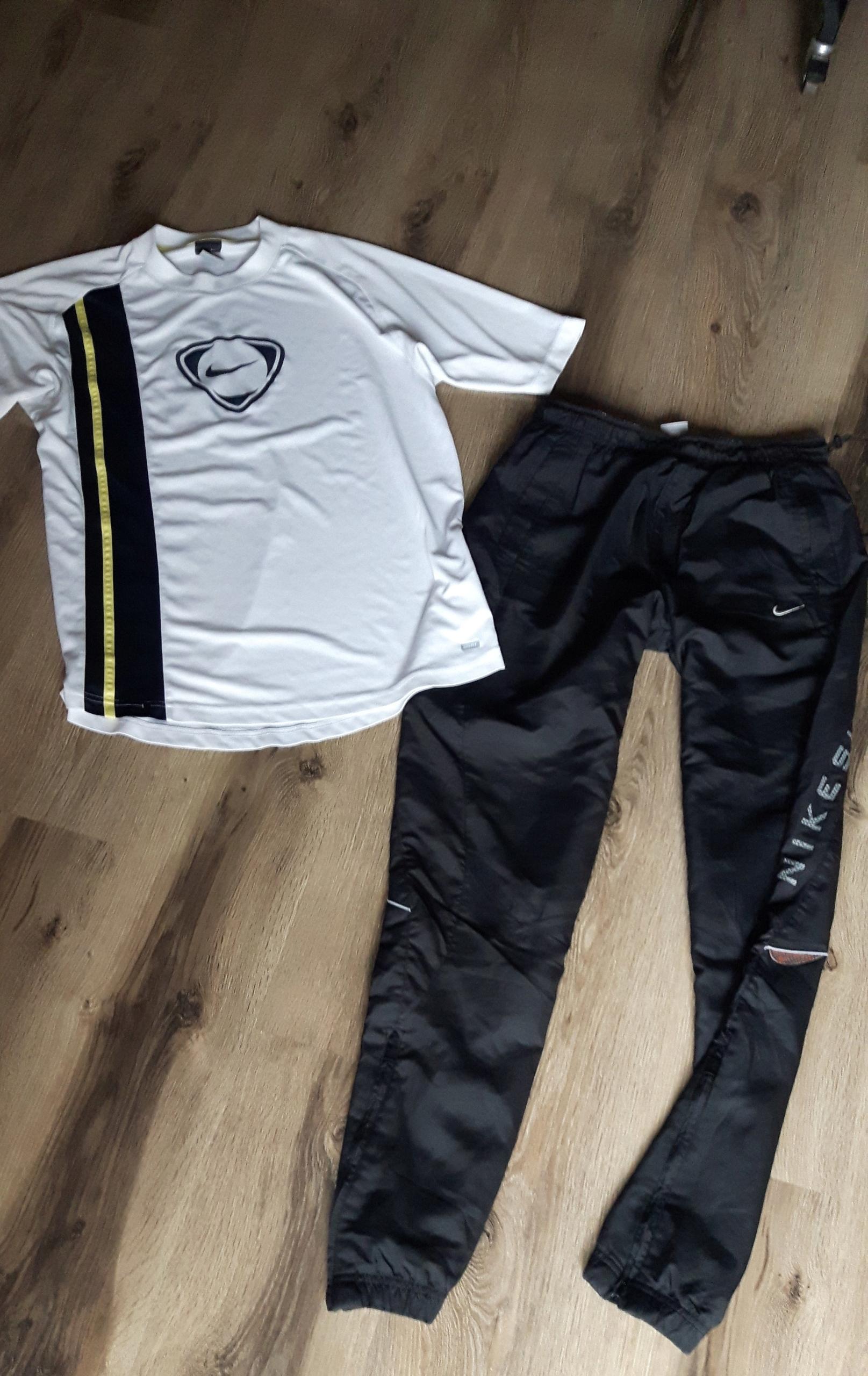 Nike spodnie dresowe t shirt dri fit L