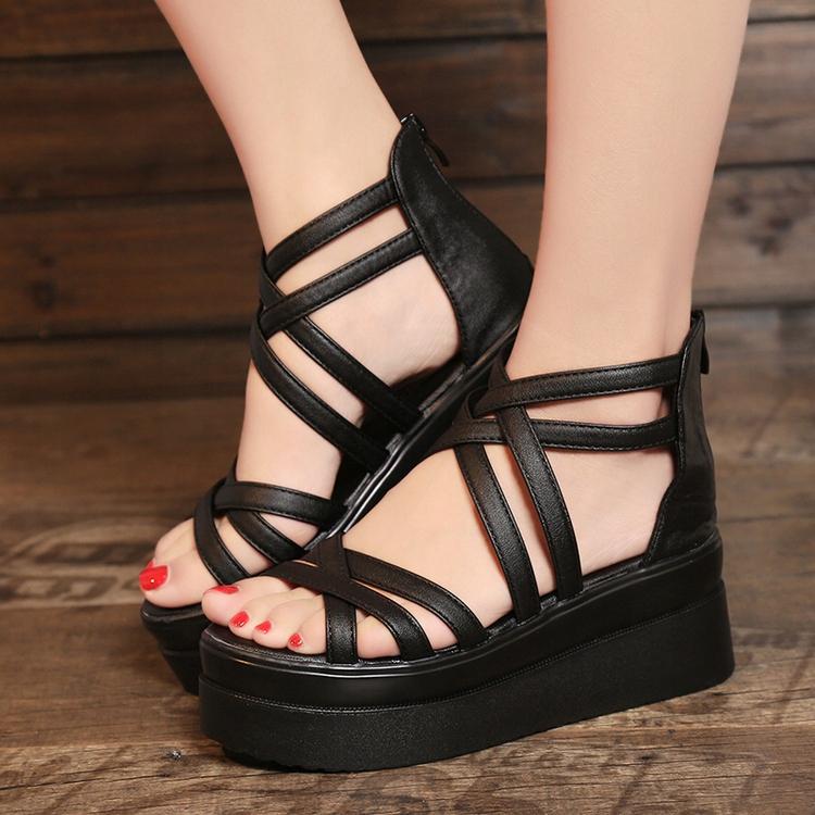 2cbad810 Nowe wygodne czarne sandały na koturnie r. 36 - 7455882251 ...
