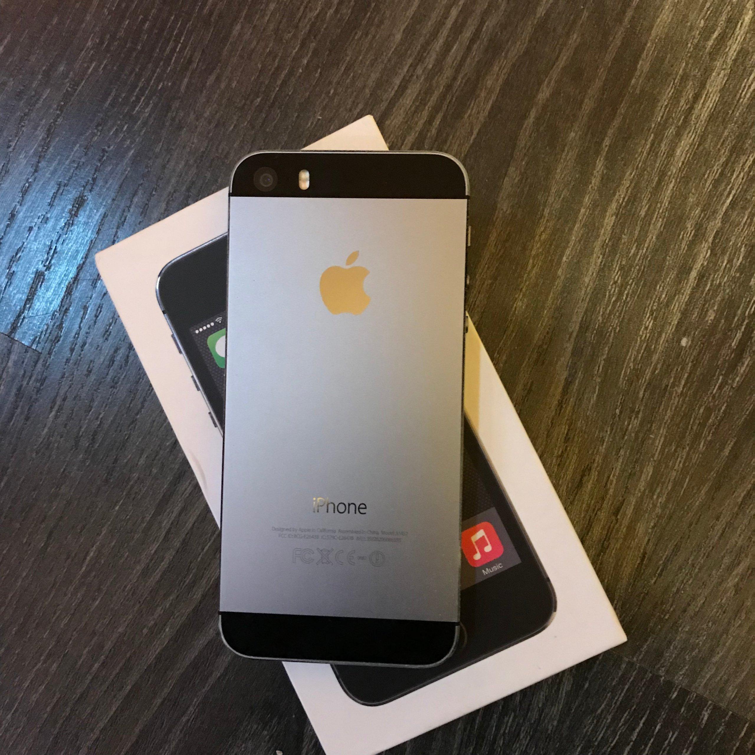 APPLE IPHONE 5S 16GB SPACE GREY