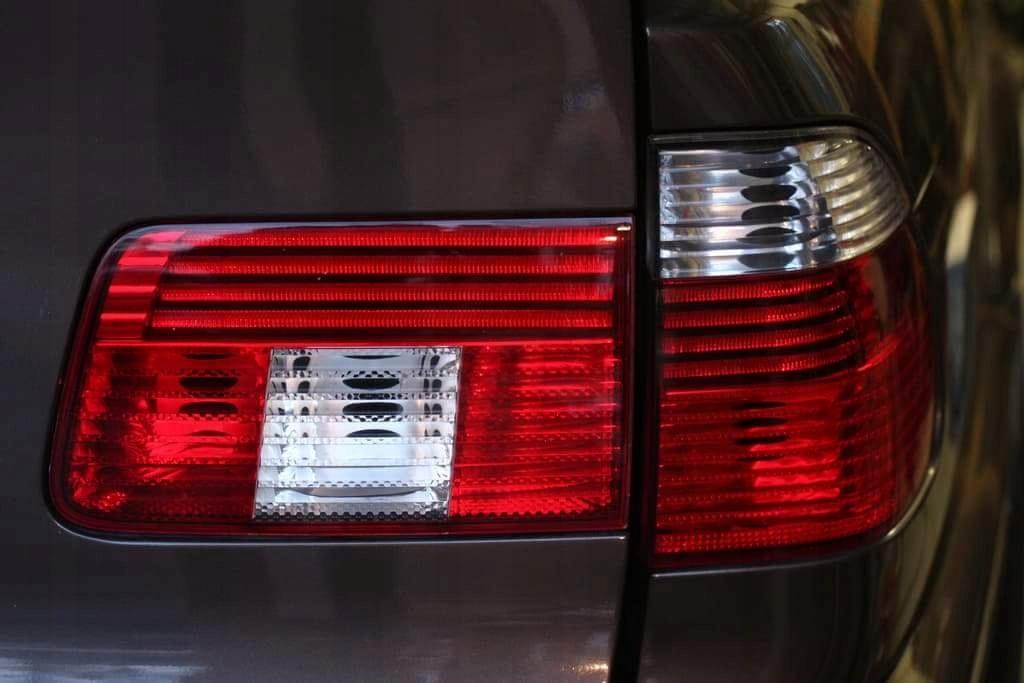 Lampy Tył Tylne Prawe E39 Kombi Led Touring Kmpl