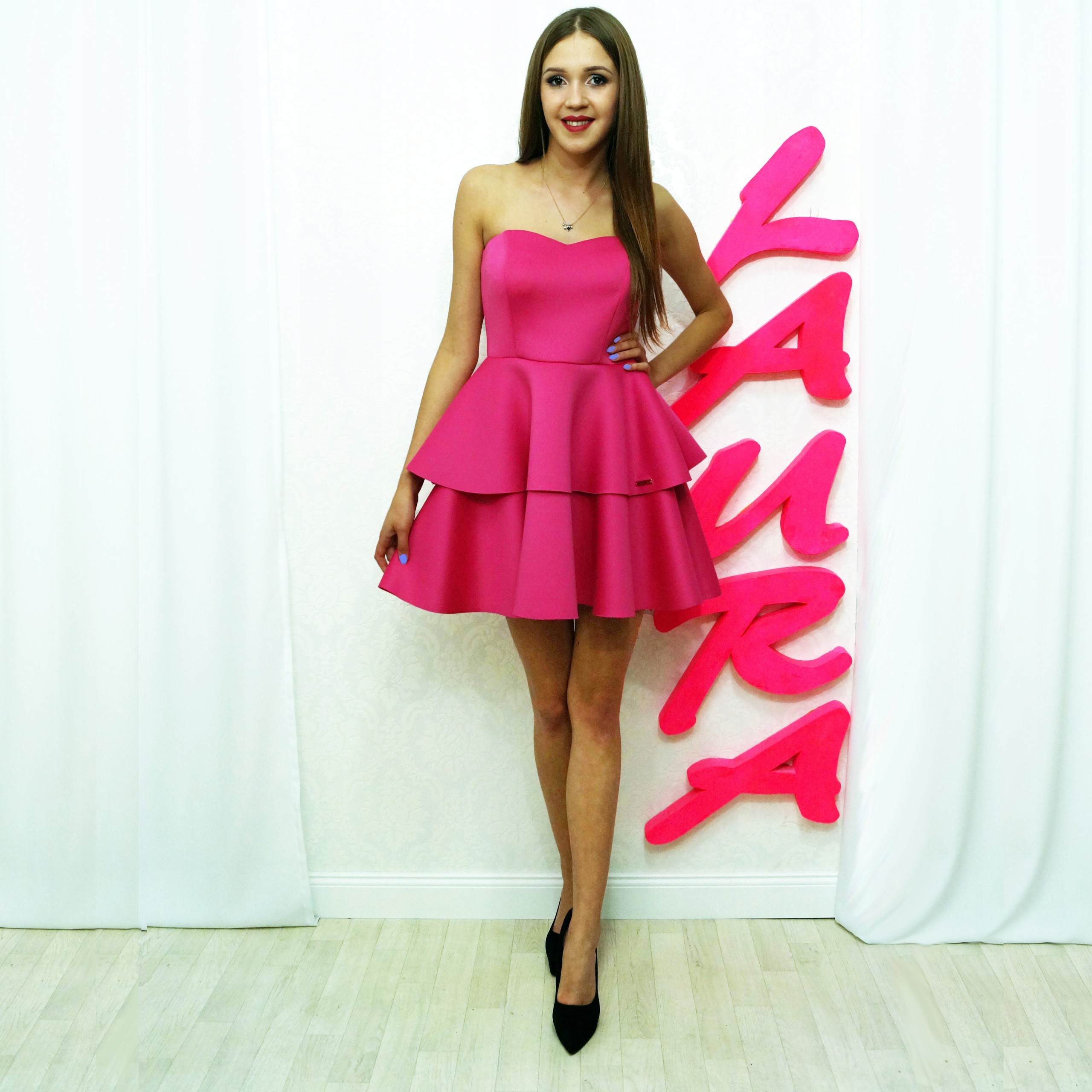 dc501c0de6 Sukienka gorsetowa z różowej pianki 40 - 7429129343 - oficjalne ...