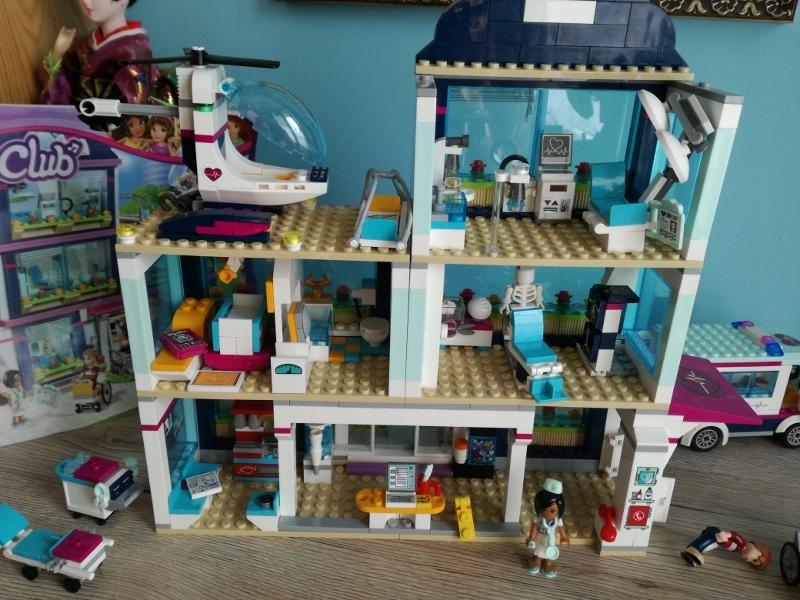 Klocki Lego Friends Szpital Heartlake 930 Sztuk 7689069299