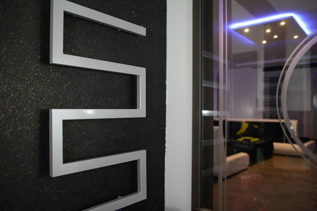 Grzejnik łazienkowy Dekoracyjny 105x60 Szary 7203194114