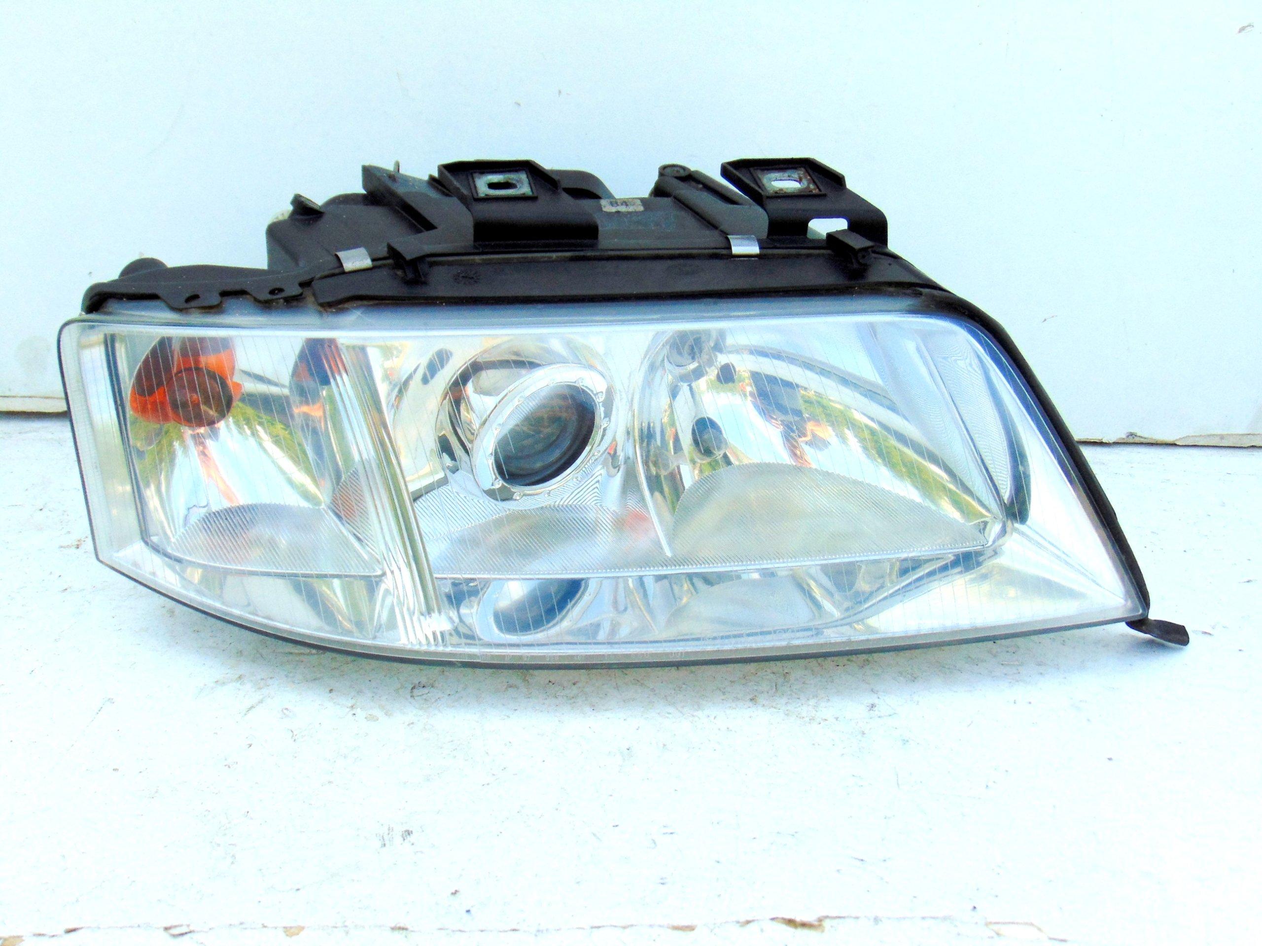 Lampa Reflektor Prawy Audi A6 C5 Przedlift Europa