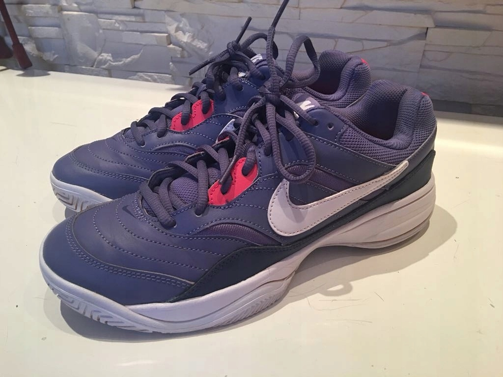 Nike Performance Court Lite Multikort 40 tenis