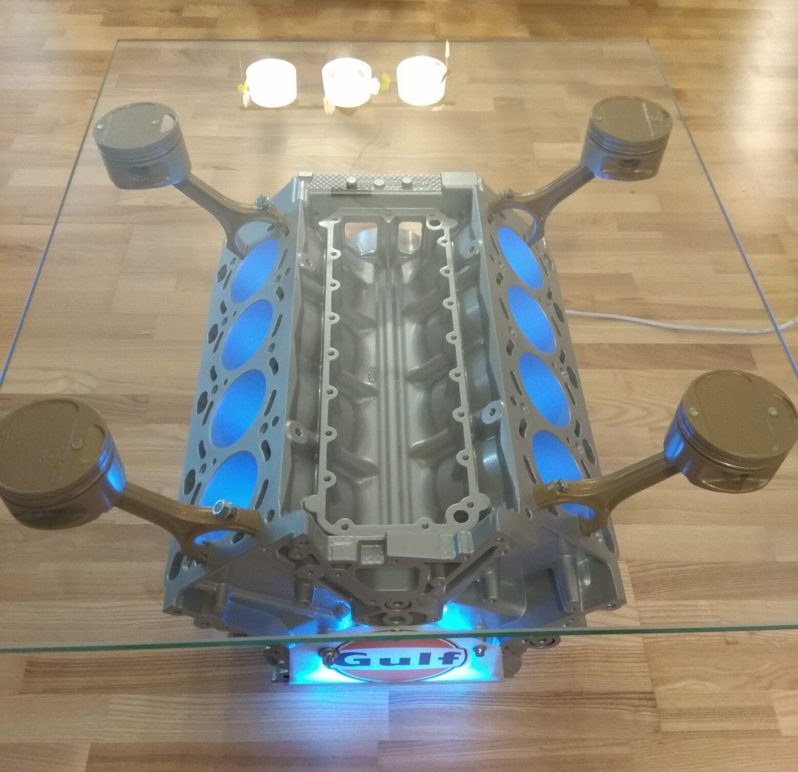 Stolik Z Bloku Silnika V8 Jedyny Taki Led Pilot