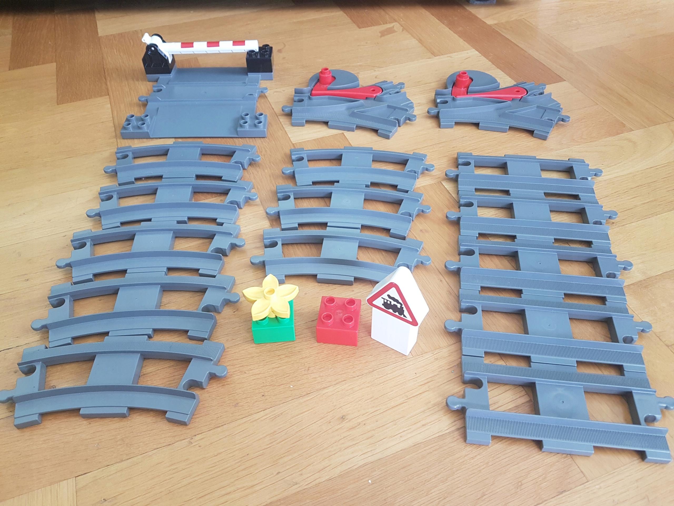 Lego Duplo Tory Kolejowe Zestaw Numer 10506 7591454673