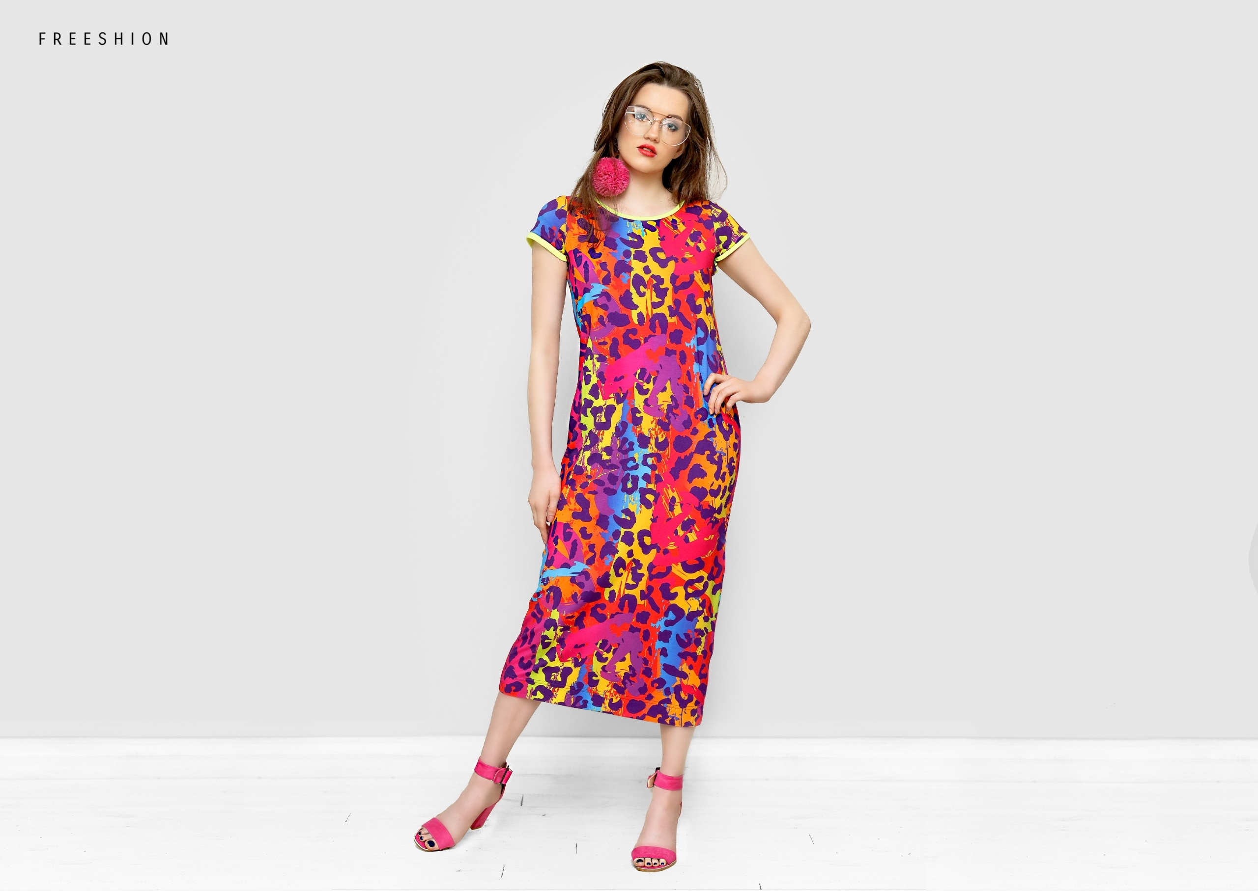 4acb8a7ab1 Dopasowana sukienka M