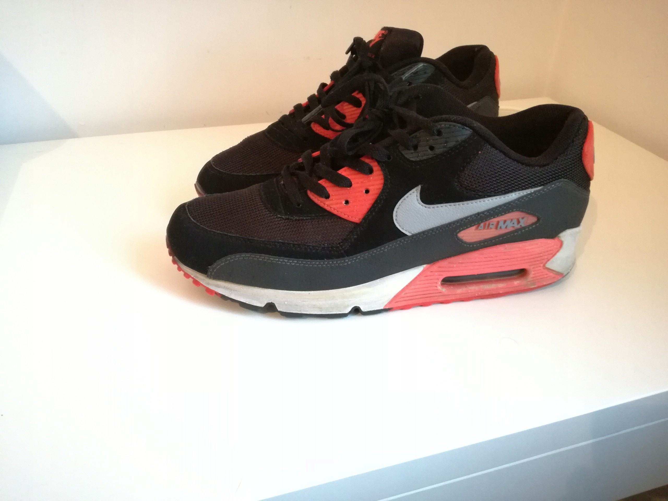 pretty nice 145bf 9d455 Nike Air Max 90 Essential Black - Atomic Red