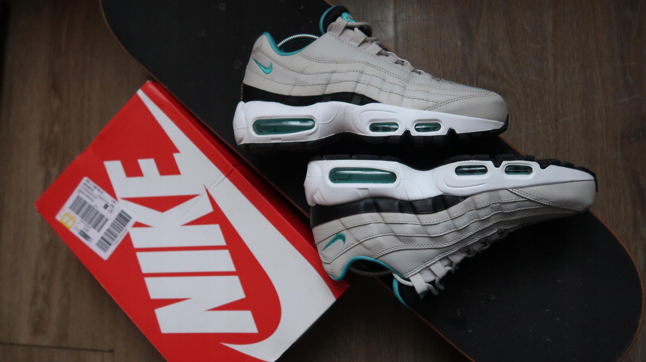 Nike air max 95 Essentials 6.5 US 39 Jordan Force