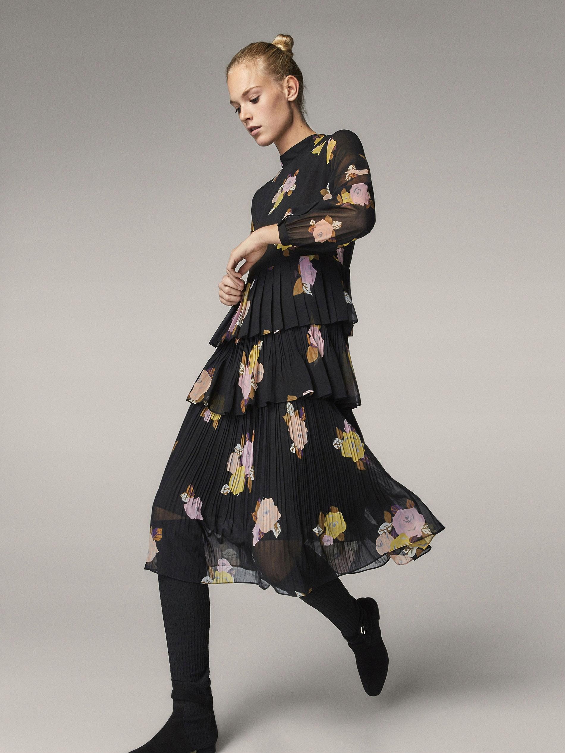 a33cabf3ec Plisowana sukienka w kwiaty MASSIMO DUTTI - 7557013667 - oficjalne ...