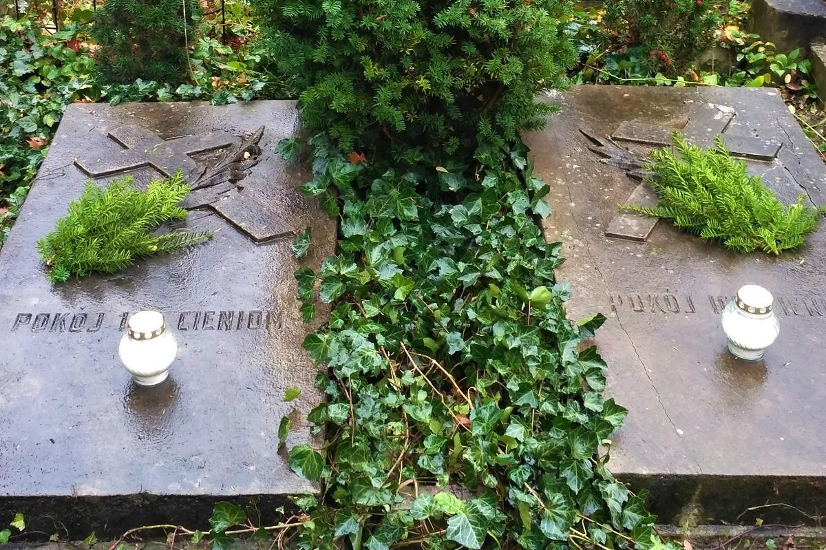 vstavaný náhrobok