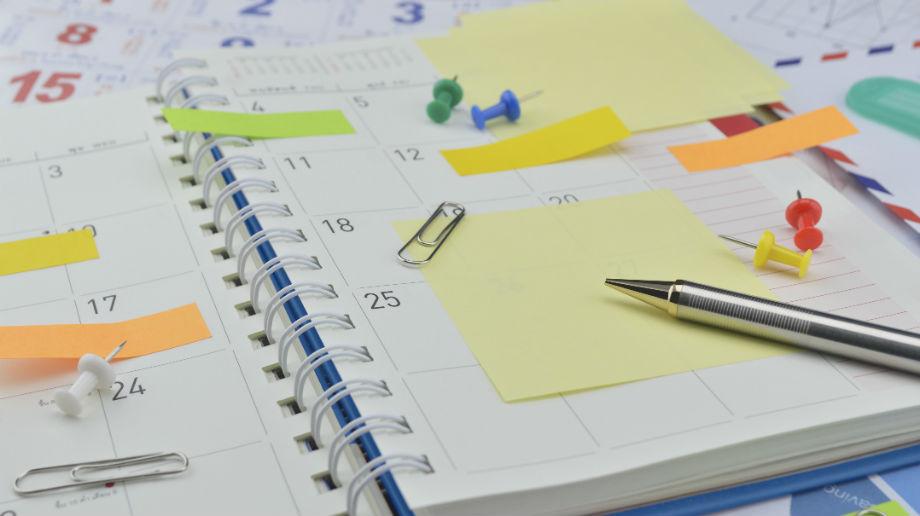Kalendarze, organizery dla sportowców i fanów sportu – przegląd
