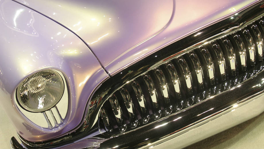 Sposoby na odświeżenie lakieru w samochodzie zabytkowym