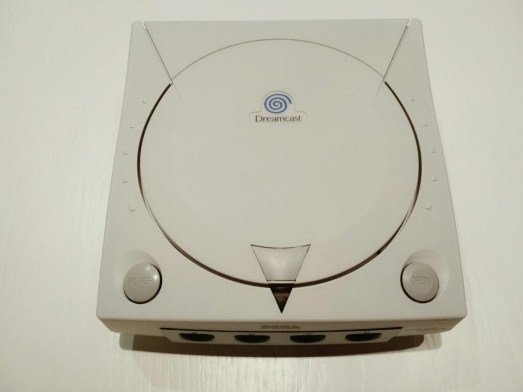 2 x Sega Dreamcast 4 x Pad i inne dodatki