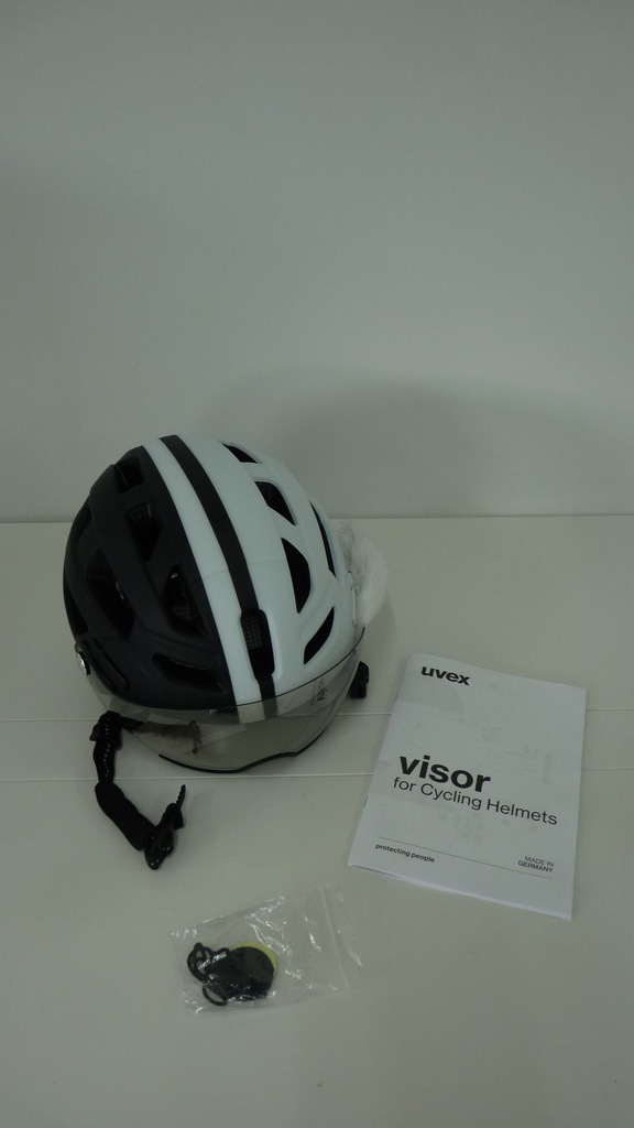 110B5 Kask rowerowy UVEX Finale Visor 7295164772