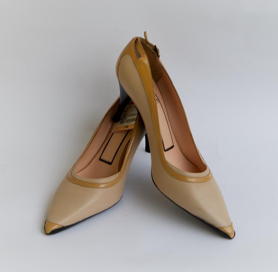 Złote skórzane buty sportowe damskie Alessandro dell'Acqua