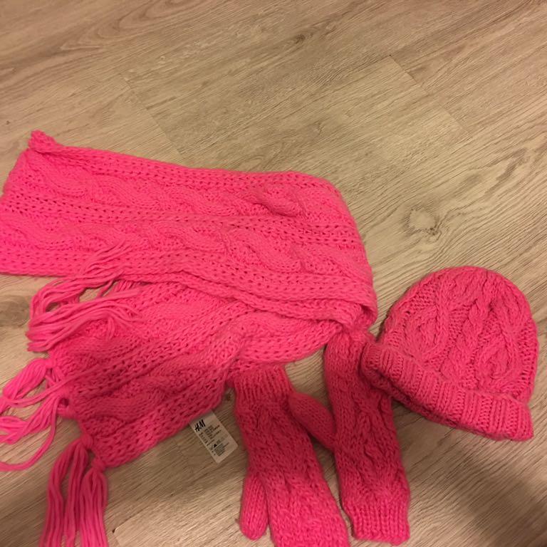 Czapka szalik rękawiczki H&M komplet zimowy