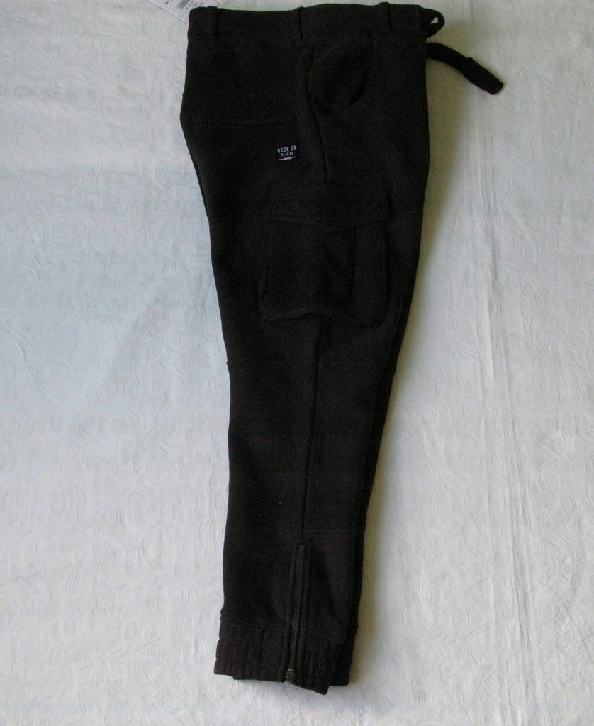 Reserved spodnie dresowe bojówki r. 140