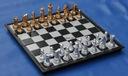 Szachy magnetyczne z tworzywa 31x31 cm- król 6,5cm