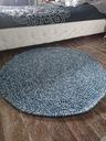 Melanżowy dywanik akrylowy szydełkowy