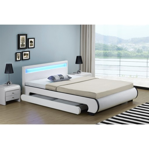 598 łóżko Skórzane Stelaż Led 140x200 Bilbao Rgb